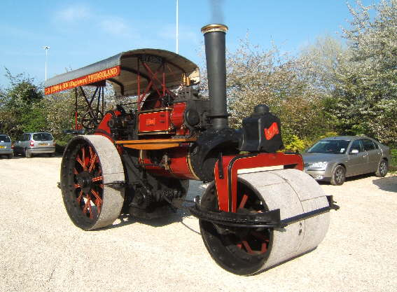 Fowler steam roller 'Eve'